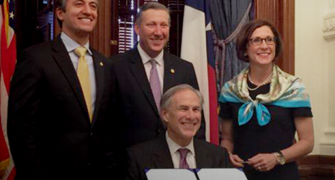 Texas To Repatriate $1 Billion Of Their Gold from Federal Reserve into New State Depository